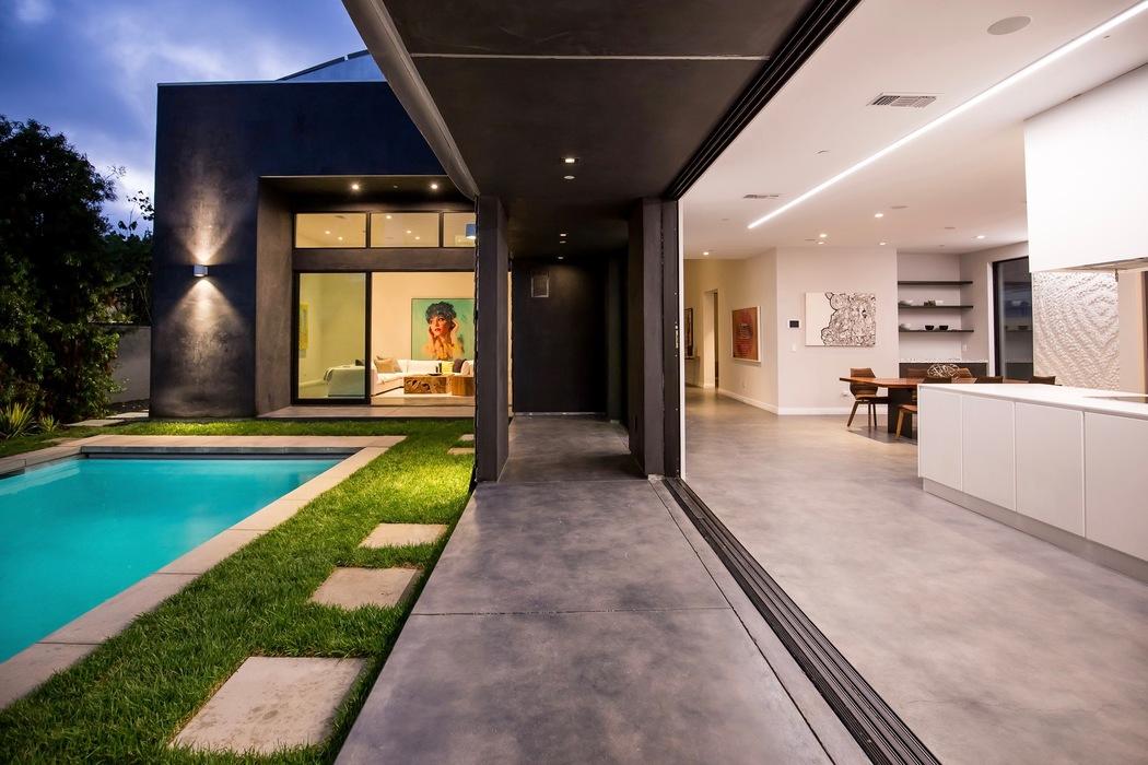 Parametric Skin Mario Romano Wave House California